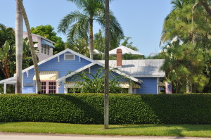 Fort Myers Beach FL – Last Call for these Charming Beach Cottages for Sale