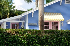 Naples FL – The Charm of A Beach Cottage