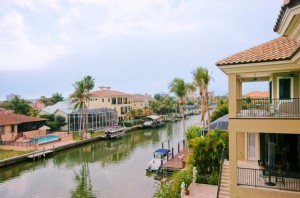 Naples FL Home Buyers – Boating is Back!  Connors of Vanderbilt Beach