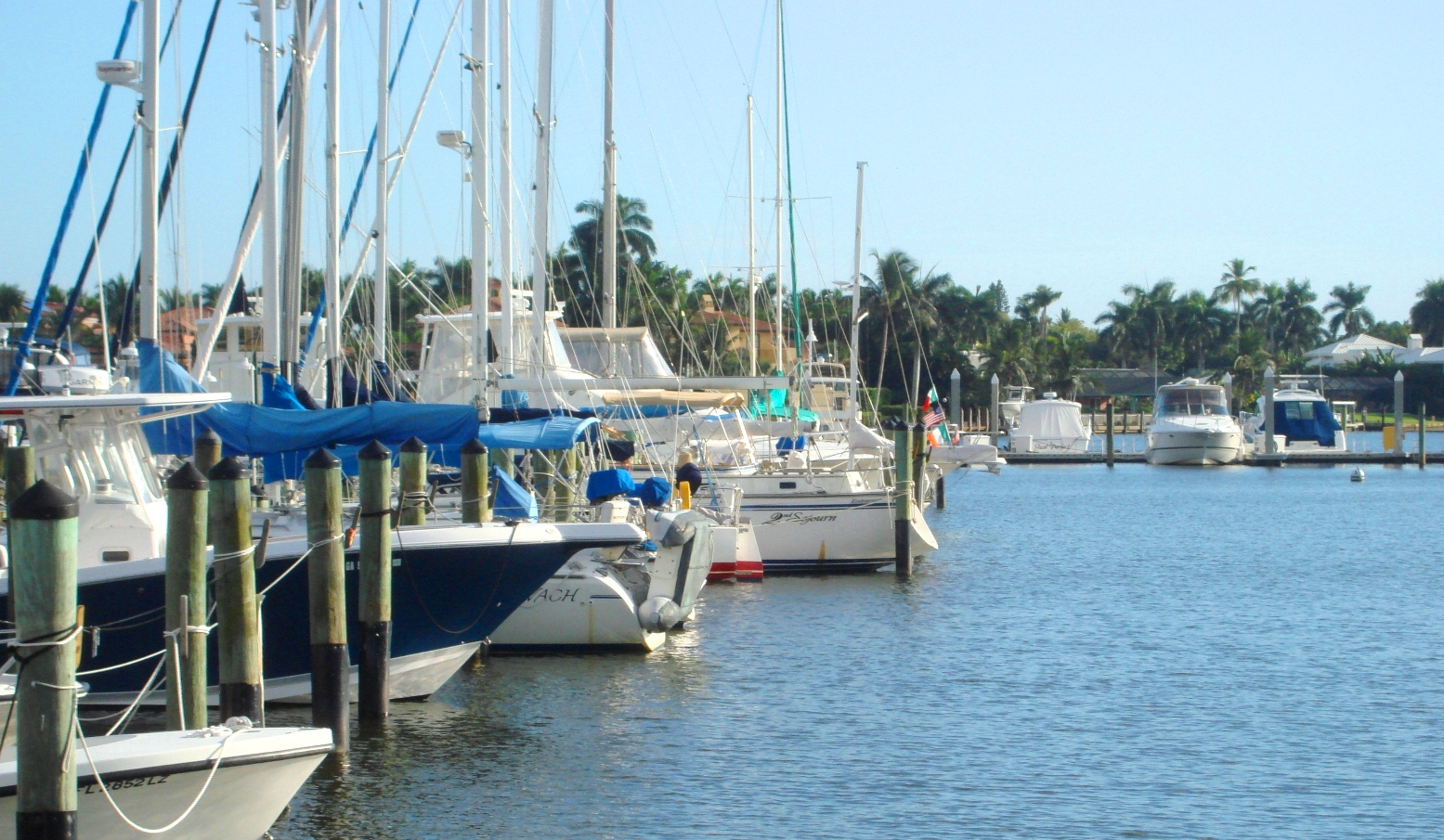 Naples FL - Boating Community - Sailing