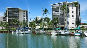 BOATING CONDOS in NAPLES, FLORIDA