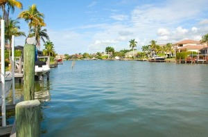 Naples FL – Canal Front Homes for Sale in Connors of Vanderbilt Beach