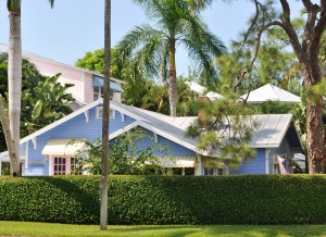 Charming Olde Naples – Walk to the Beach, Walk to Fifth Ave South, Walk to Third Street South and…….Name Your Price!