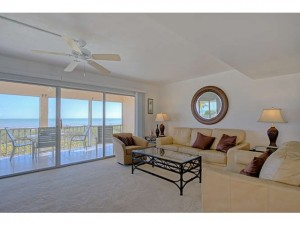 JUST LISTED in Sanibel Island FL – Beachfront