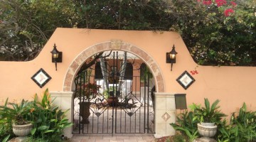 Gates of Olde Naples