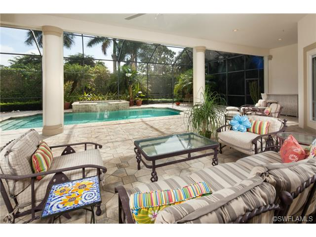 400 Putter Point Dr, Naples, FL34103