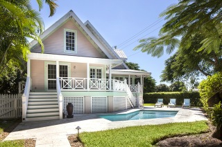 COTTAGE (Naples Royal Palm Cottage)