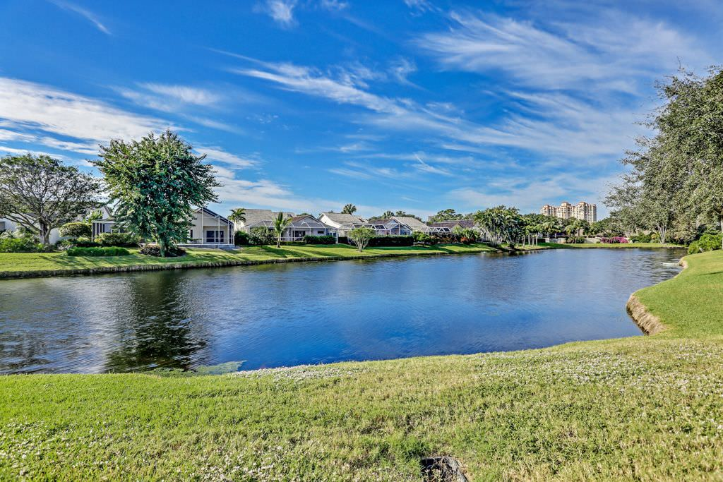 Naples Fl Featured Homes In Pelican Bay Naples Florida