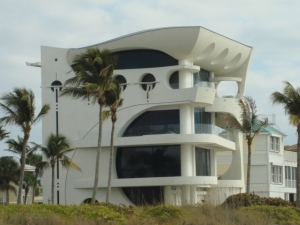 Naples, FL – Into Contemporary Architecture?