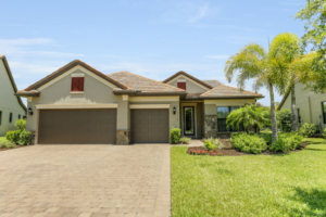 JUST LISTED!  16141 Camden Lakes Cir, Naples (Camden Lakes)