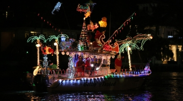 Naples, Florida – Did You Know? Holiday Boat Parade
