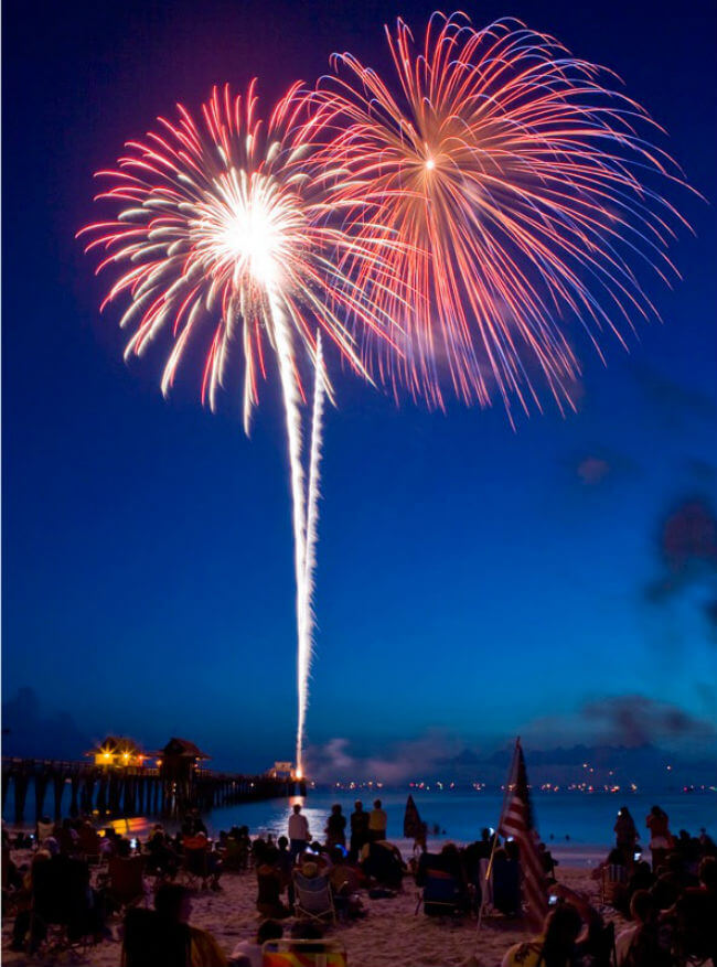 Naples Fl New Year S Eve Fireworks Naples Florida Real