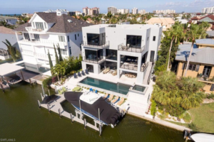 UNIQUE CANAL HOMES in Conners at Vanderbilt Beach – NAPLES, FLORIDA